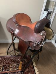 Vic Bennett cutting saddle for sale